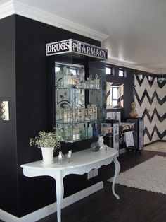 Black & White Bedroom, Chevron Tile in Shower/Tub area