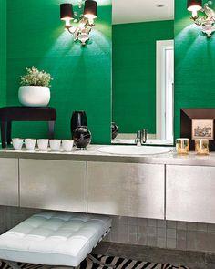 Excellent emerald green on pinterest emeralds pantone for Emerald green bathroom accessories