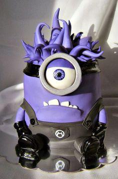 Purple Evil Minion Birthday Cake made by Eat Cakes Iowa   http://www.sassydealz.com/2014/01/creative-despicable-me-minion-birthday.html