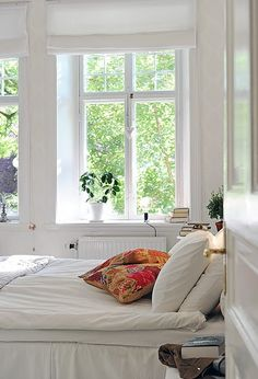 aaah love white and light interiors
