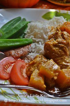 AMIES LITTLE KITCHEN: Ayam Masak Kari Dengan Labu Manis, Sambal Belacan & Ulam