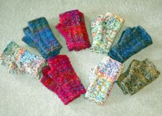 Confetti Fingerless Mittens (knit flat - Fetching inspired)