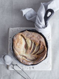 dutch baby / neutral
