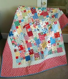 Scraptacular Picnic #Quilt tutorial by Nanette Merrill from Freda's Hive