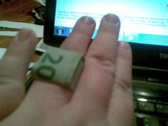 money-origami-ring