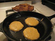 Sweet Violets: Amazing Grain-Free Pancakes