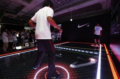 NikeFuel introduced a digital Pong experience in Japan.