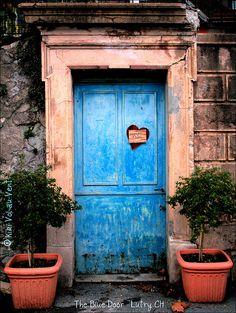 blue door with a heart #doors