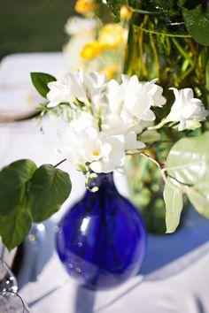 blue vases white flowers, blue vase