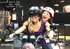 ariana grande sam and cat tv show photos | Jennette McCurdy and Ariana Grande start filming the Sam and Cat pilot ...