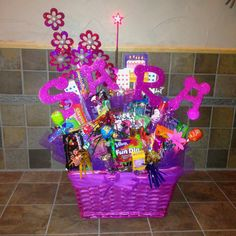 Cant find the right gift...birthday basket for the woman who has everything.