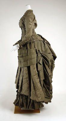 Dress (Side)  1882