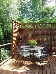 Want privacy screens like this on our deck... and ...