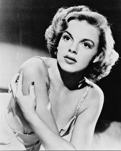 Judy Garland judygarland, icon, judy garland, beauti peopl, hollywood, garlands, judi garland, actress, actor