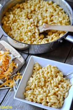 Creamy Skillet Mac & Cheese - so easy and delish!