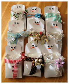So cute -- Snowman treat pouches! I LOVE snowmen!!!