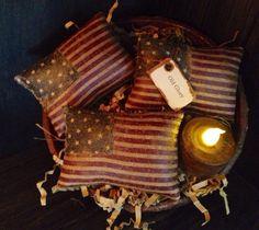 Primitive American Flag Bowl Fillers via Etsy