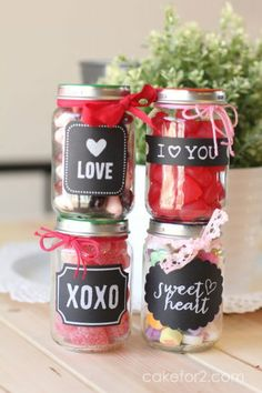 Cute and simple DIY Valentine's Day gifts for your kids!