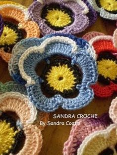 Sandra Pontos De Croche e trico...a lot of crochet and knit stitches and patterns