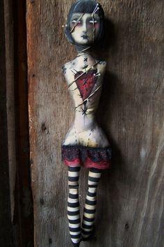 Mori Post Mortem doll by Macabre Noir - LOVE!