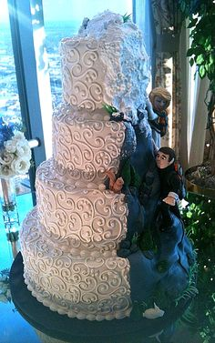 Half wedding cake, Half mountain cake. I am considering this!! lol Rob REALLY wants a mountain cake.   www.AllThingsBaking.org