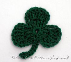 Nice and easy crochet shamrock pattern... for free!