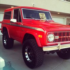 Red ford classic bronco