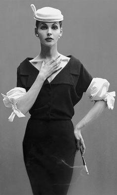 Balenciaga, oh my oh my. vintag, fashion, richard avedon, style, balenciaga, dresses, richardavedon, 1950, hat