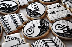 Black and White Wedding Cookies, there are so elegant