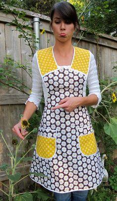 A daisy a day apron