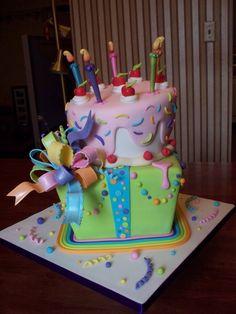 Adorable cake...so colorful!!