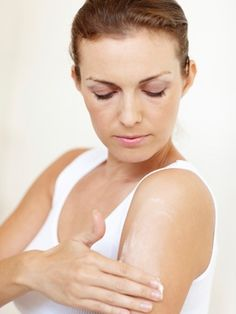 Keratosis Pilaris: Can the Beach Cure Arm Bumps?: Daily Beauty Reporter :  If the backs of your arms feel like Braille, I've got some good news: I may have unintentionally discovered a way to get rid of those stubborn bumps....