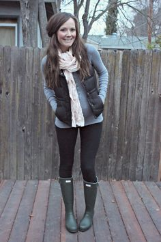 colorado outfit, outfits hunter boots, black boots, fall outfits, casual outfits, brown boots, hunters boots outfit, hunter boot outfits, green hunter boots outfit