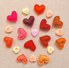 cut, stitch, stuff and add pin, thumbtack or magnet to the back bees, tutorials, gift, valentine day crafts, felt hearts, diy valentine's day, crochet, craft patterns, valentine ideas