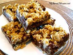 These delicious No Bake Chocolate Oat Bars have layers of chewy, buttery granola with a rich chocolate filling. Recipe at My Sweet Mission: http://www.my-sweet-mission.com/2014/03/no-bake-chocolate-oat-bars.html #Barrecipes #Chocolaterecipes #Dessertrecipes