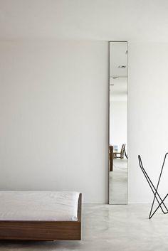 Es Pujol de s'era (love the thin and tall mirror)