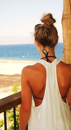 Super cute white tank with racer-back // Beach style fashion