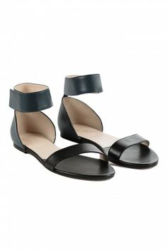 CHLOE SANDAL FLAT WITH ANKLE STRAP