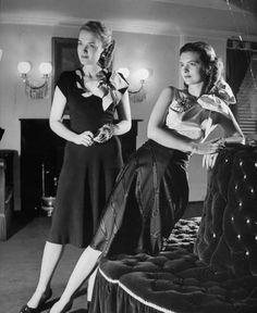 1943 dresses