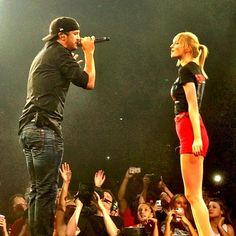 Luke Bryan performing with Taylor Swift!!!! :o