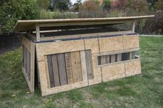 Transformer chicken coop: When not in use, this coop collapses for easy transport and to take up less space. | 4 Fancy Chicken Coop Designs | Living the Country Life | http://www.livingthecountrylife.com/animals/chickens-poultry/4-fancy-chicken-coop-designs/
