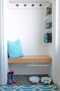 a DIY project for a floating bench for a DIY small mudroom