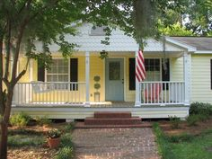 The Yellow House! Our retro vacation rental in St. Marys, GA. from VRBO.com!