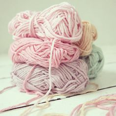Yummie colors, By Haafner.  My newest blog crush. Gorgeous pictures and posts about crochet, vintage finds, fairtrade, recipes and lots more.