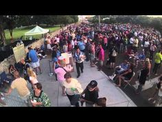 Elvis Week Bonus: 2013 Candlelight Vigil Time-Lapse - YouTube