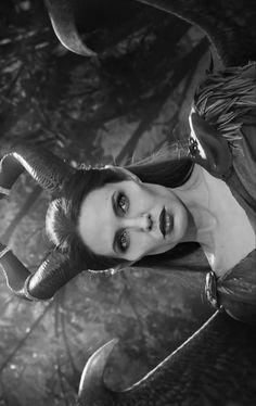 Angelina Jolie / Maleficent
