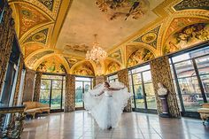 Loyola at Cuneo Mansion and Gardens is one of the most unique wedding venues in Chicago.