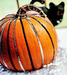 Pumpkin glam made easy.