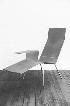 LL04 chair by Maarten Van Severen