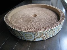 DIY corrigated cat bed and scratcher